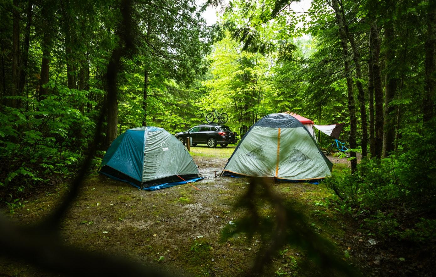 how to keep air mattress warm when camping